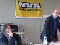 Moderator Wilfried Haesen en Ben Weyts (5)